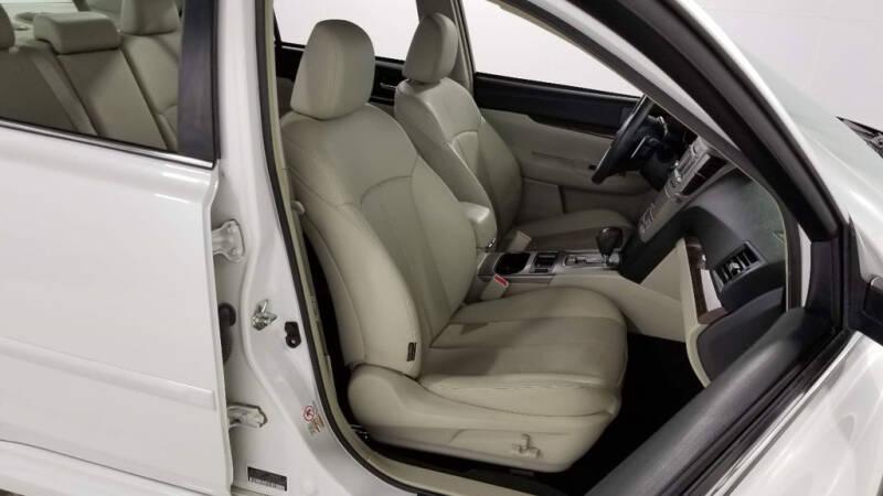 2013 Subaru Legacy 2.5i Limited (image 41)