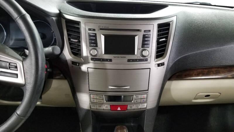 2013 Subaru Legacy 2.5i Limited (image 34)