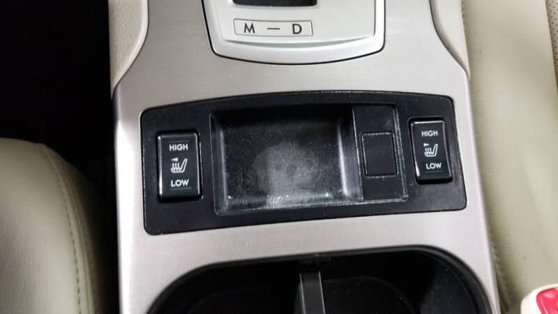 2013 Subaru Legacy 2.5i Limited (image 23)