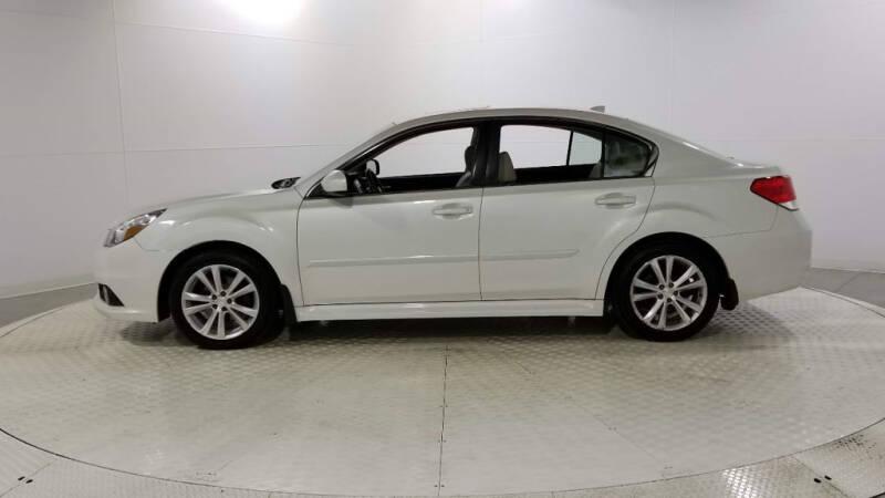 2013 Subaru Legacy 2.5i Limited (image 2)