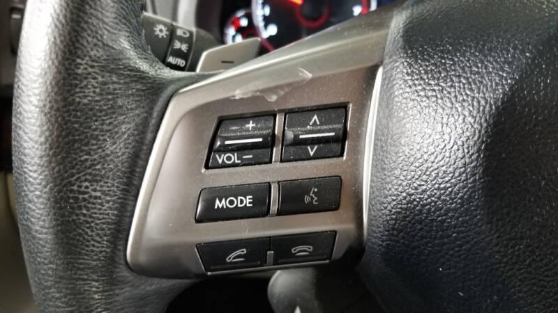 2013 Subaru Legacy 2.5i Limited (image 13)