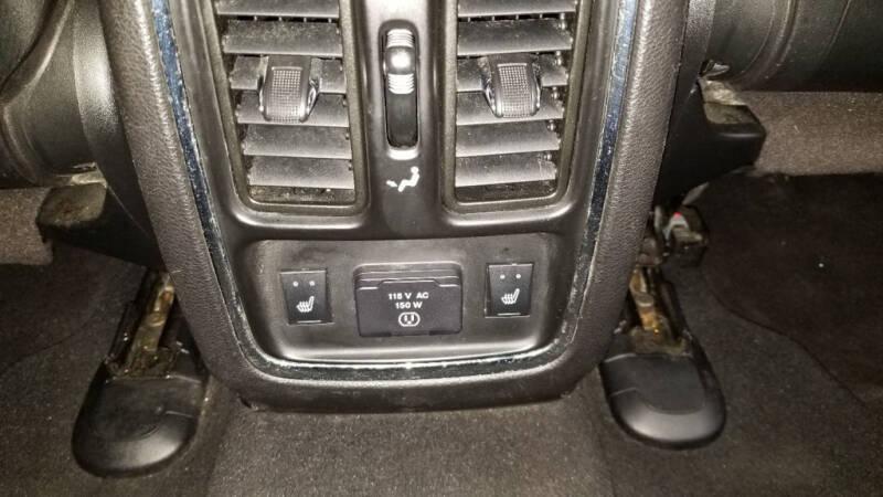 2012 Jeep Grand Cherokee (image 34)