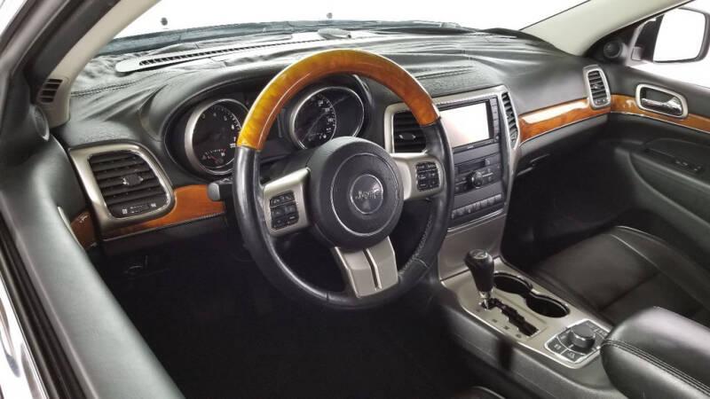 2012 Jeep Grand Cherokee (image 11)