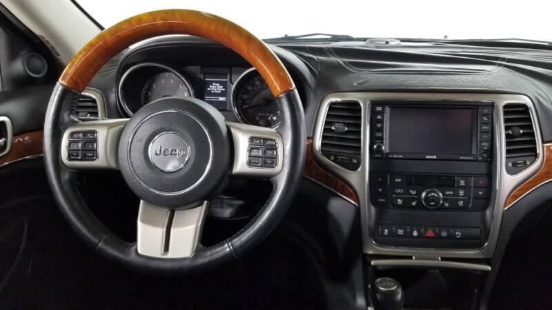 2012 Jeep Grand Cherokee (image 31)