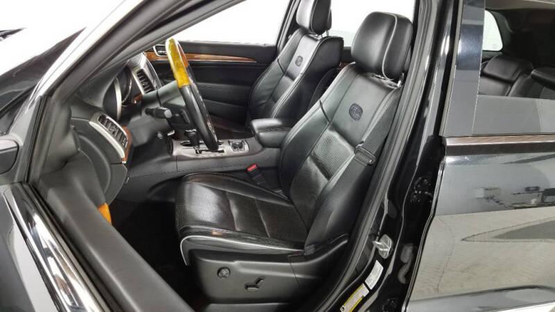 2012 Jeep Grand Cherokee (image 27)