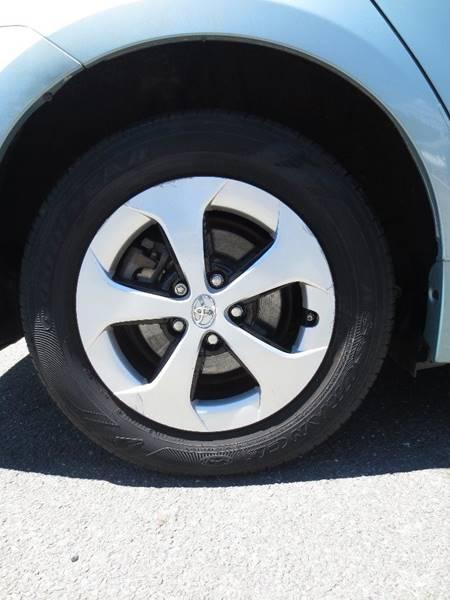2014 Toyota Prius Three 4dr Hatchback - Easthampton MA