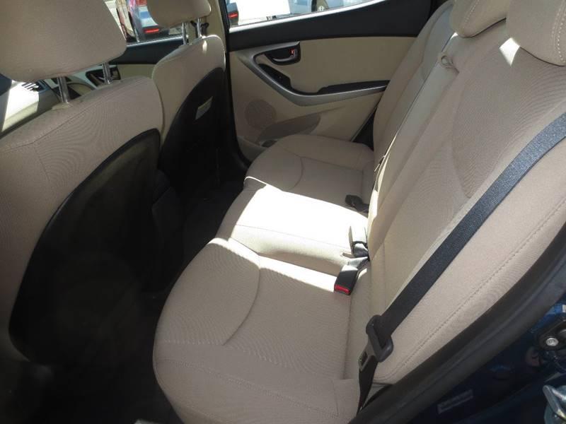 2014 Hyundai Elantra SE 4dr Sedan - Easthampton MA