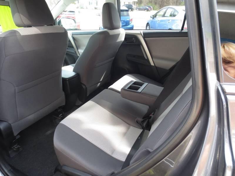 2014 Toyota RAV4 AWD LE 4dr SUV - Easthampton MA