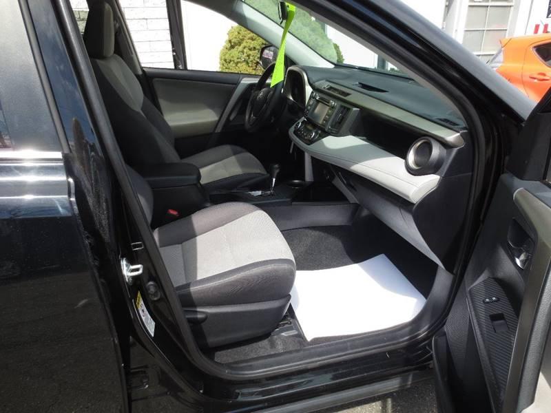 2014 Toyota RAV4 AWD XLE 4dr SUV - Easthampton MA