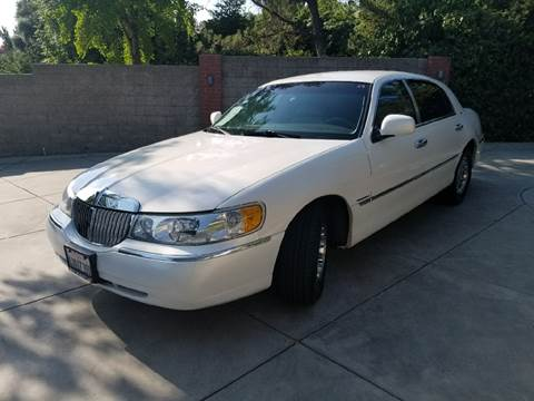 1998 Lincoln Town Car for sale in Sun Valley, CA