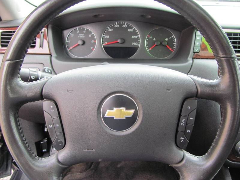 2011 Chevrolet Impala LT 4dr Sedan - Holland MI