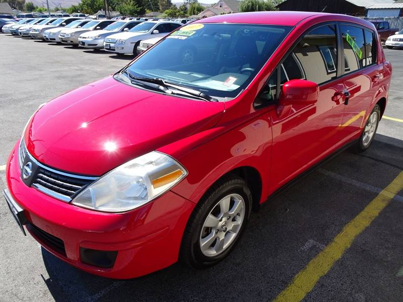 2007 nissan versa 1 8 s 4dr hatchback 1 8l i4 4a in yakima wa bbl auto sales. Black Bedroom Furniture Sets. Home Design Ideas