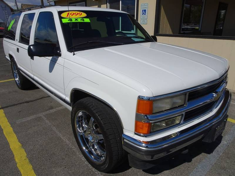 1999 Chevrolet Suburban for sale at BBL Auto Sales in Yakima WA