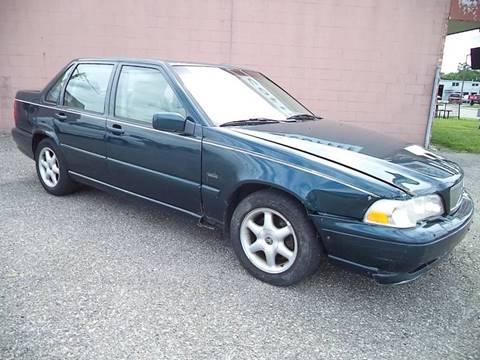 1998 Volvo S70 for sale in Charlotte, MI