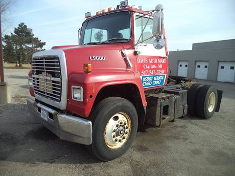 1989 Ford LN9000 for sale in Charlotte, MI
