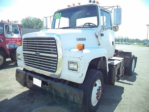 1993 Ford LN9000 for sale in Charlotte, MI