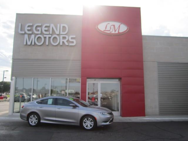 2015 Chrysler 200  Miles 37084Color GRAY Stock 7563C VIN 1C3CCCAB2FN718817