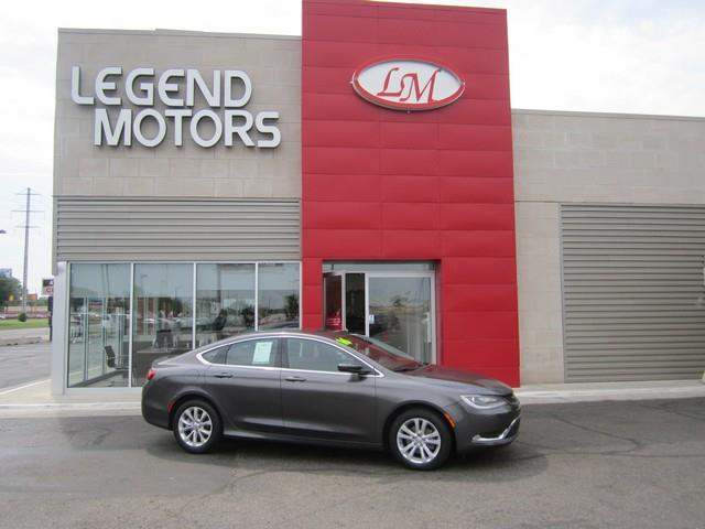 2016 Chrysler 200  Miles 17435Color GRAY Stock 7593C VIN 1C3CCCAB5GN101249