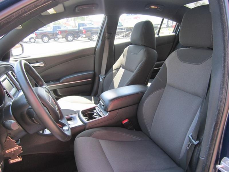 2015 Dodge Charger SE 4dr Sedan - Ferndale MI