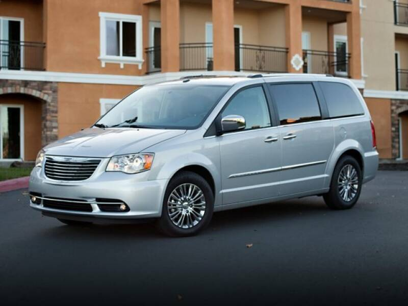 2013 Chrysler Town & Country car for sale in Detroit