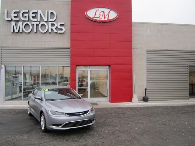 2015 Chrysler 200  Miles 38247Color SILVER Stock 7212C VIN 1C3CCCAB0FN558520