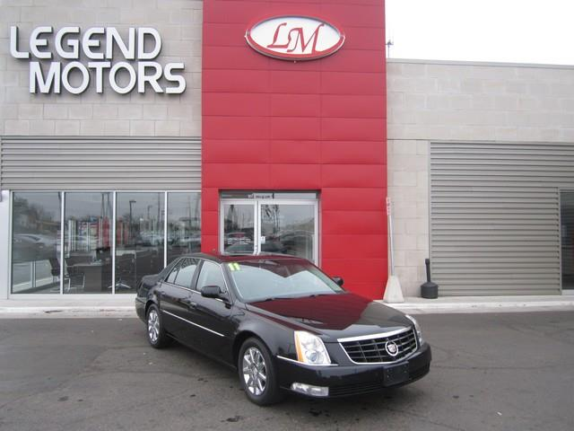 2011 Cadillac Dts  Miles 96945Color BLACK Stock 7333C VIN 1G6KH5E62BU117640