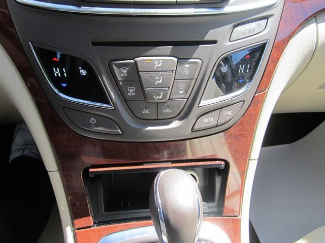 2014 Buick Regal AWD Premium I 4dr Sedan - Ferndale MI