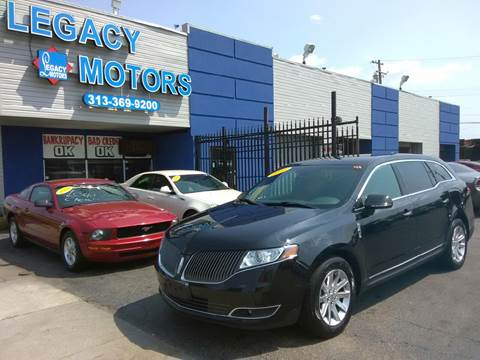 2013 Lincoln MKT Town Car for sale in Detroit, MI