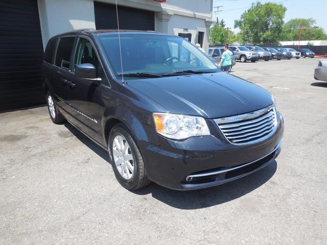 2014 Chrysler Town and Country Touring 4dr Mini-Van - Detroit MI