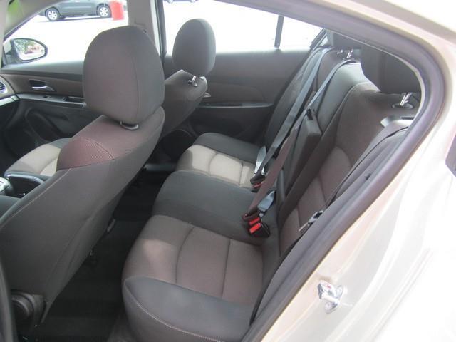 2016 Chevrolet Cruze Limited 1LT Auto 4dr Sedan w/1SD - Detroit MI