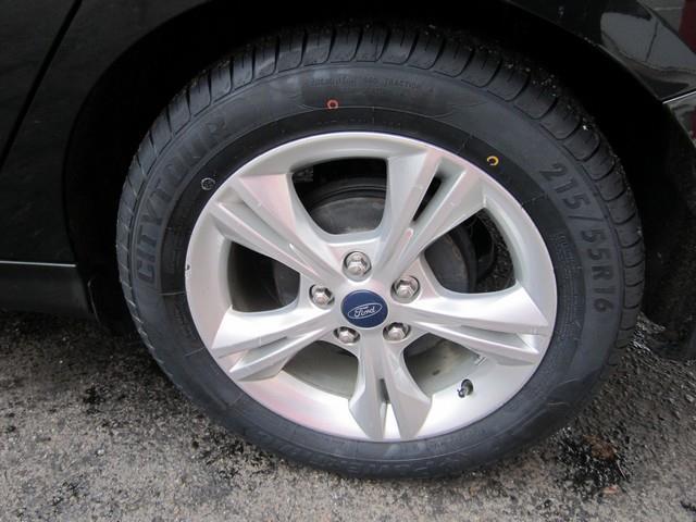 2013 Ford Focus SE 4dr Sedan - Detroit MI