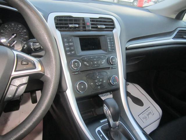 2013 Ford Fusion SE 4dr Sedan - Detroit MI