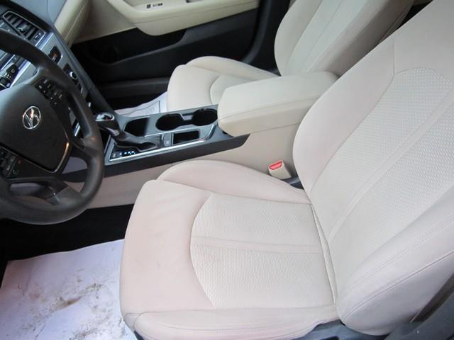 2015 Hyundai Sonata SE 4dr Sedan - Detroit MI
