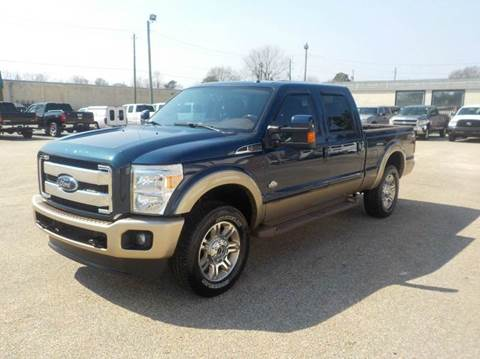 2014 Ford F-250 Super Duty for sale at Young's Motor Company Inc. in Benson NC