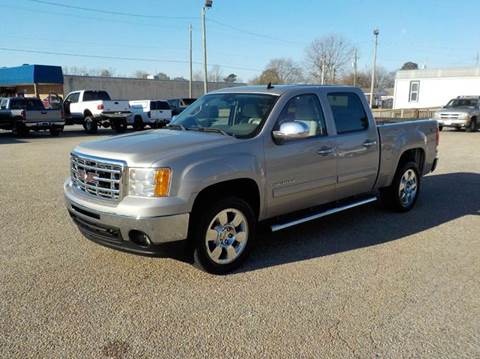 2009 GMC Sierra 1500 for sale at Young's Motor Company Inc. in Benson NC