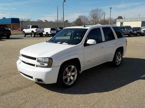 2007 Chevrolet TrailBlazer for sale at Young's Motor Company Inc. in Benson NC