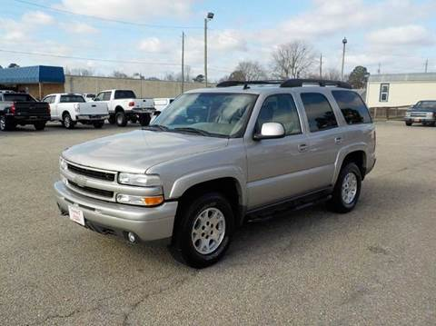 2006 Chevrolet Tahoe for sale at Young's Motor Company Inc. in Benson NC