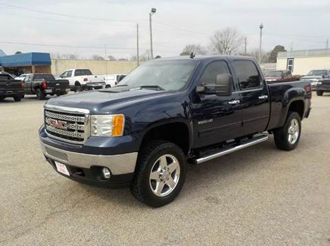 2011 GMC Sierra 2500HD for sale at Young's Motor Company Inc. in Benson NC