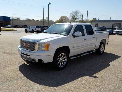 2008 GMC Sierra 1500 for sale at Young's Motor Company Inc. in Benson NC