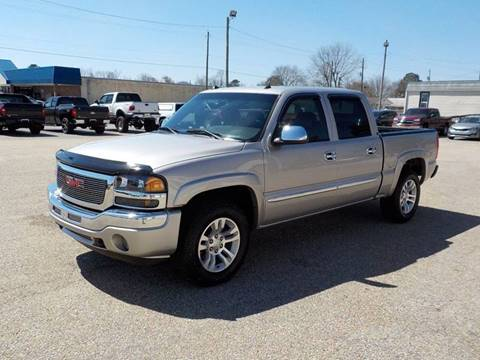 2005 GMC Sierra 1500 for sale at Young's Motor Company Inc. in Benson NC