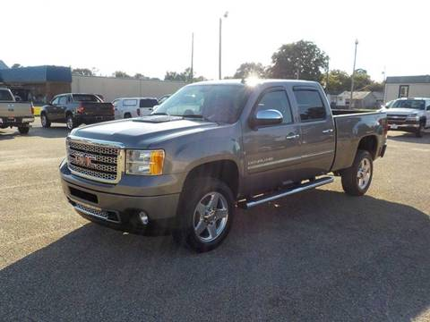 2013 GMC Sierra 2500HD for sale at Young's Motor Company Inc. in Benson NC