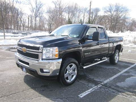 2013 Chevrolet Silverado 2500HD for sale at B&B Auto LLC in Union NJ