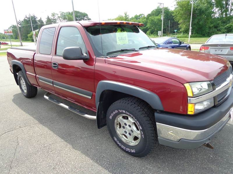 2004 Chevrolet Silverado 1500 Z71 4dr Extended Cab 4WD - Plainfield WI