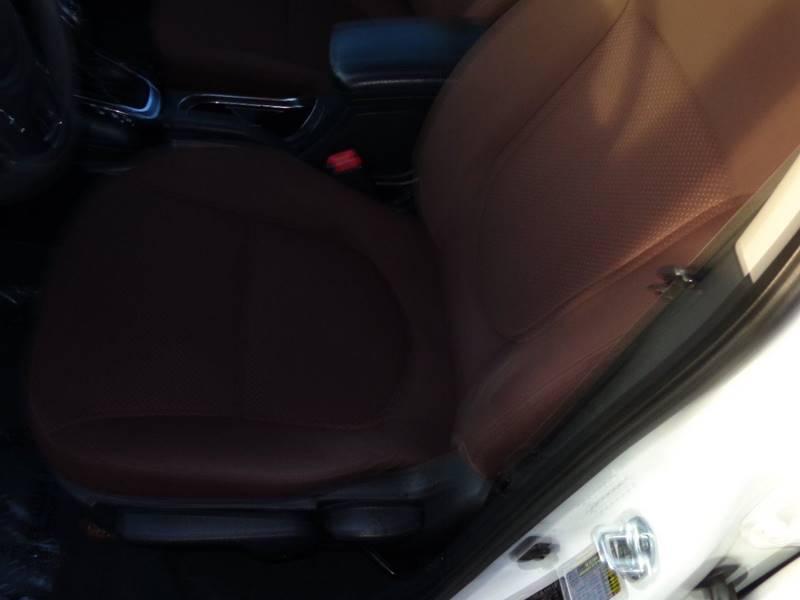 2011 Kia Forte EX 4dr Sedan 6A - Plainfield WI