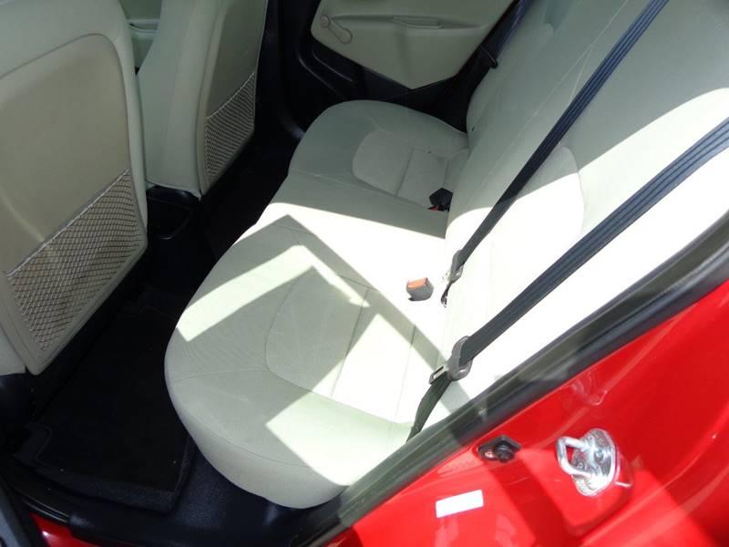 2013 Kia Rio LX 4dr Sedan 6M - Plainfield WI