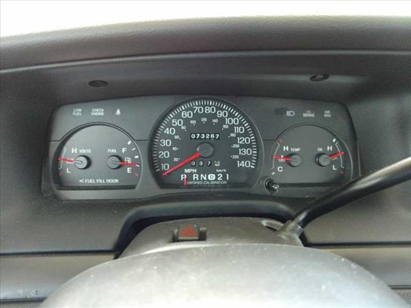 2003 Ford Crown Victoria Police Interceptor (3.55 Axle) 4dr Sedan - Disputanta VA