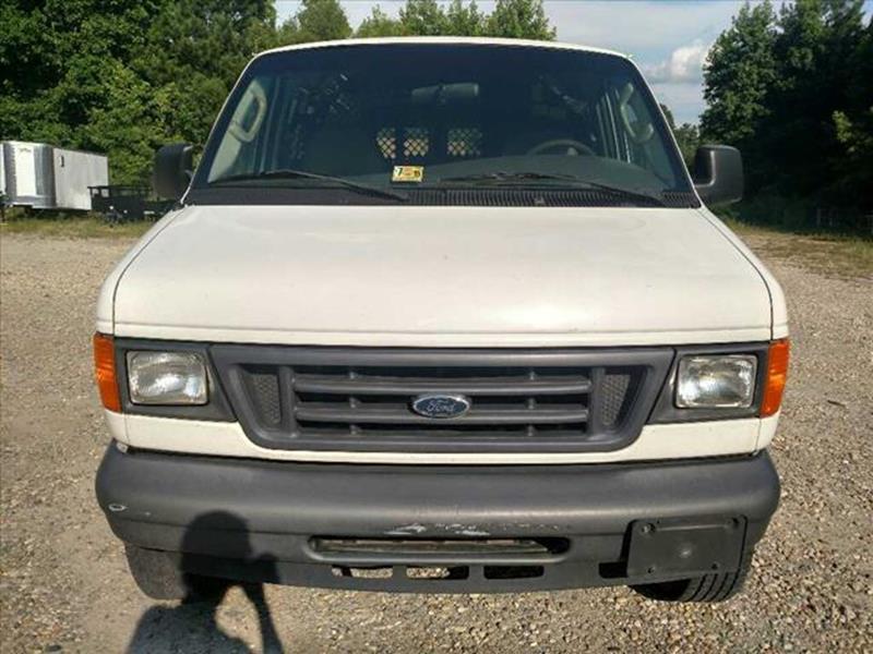 2005 Ford E-Series Cargo E-250 3dr Cargo Van - Disputanta VA