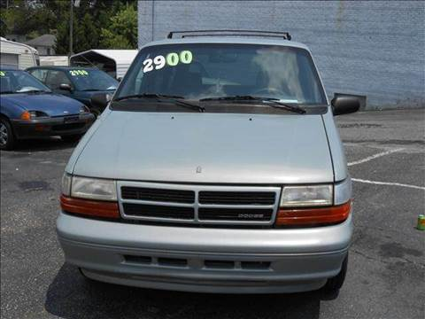 1995 Dodge Caravan for sale at Granite Motor Co 2 in Hickory NC