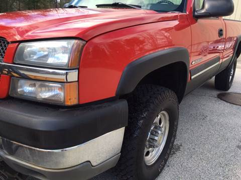 2004 Chevrolet Silverado 2500HD for sale at Cella  Motors LLC in Auburn NH