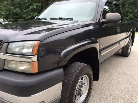2003 Chevrolet Silverado 2500HD for sale at Cella  Motors LLC in Auburn NH